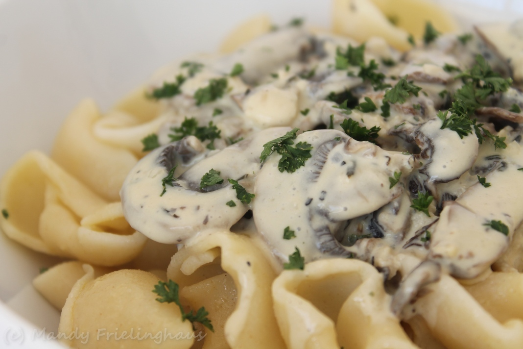Garlic, Wine & Thyme Mushroom Pasta | The Complete Book