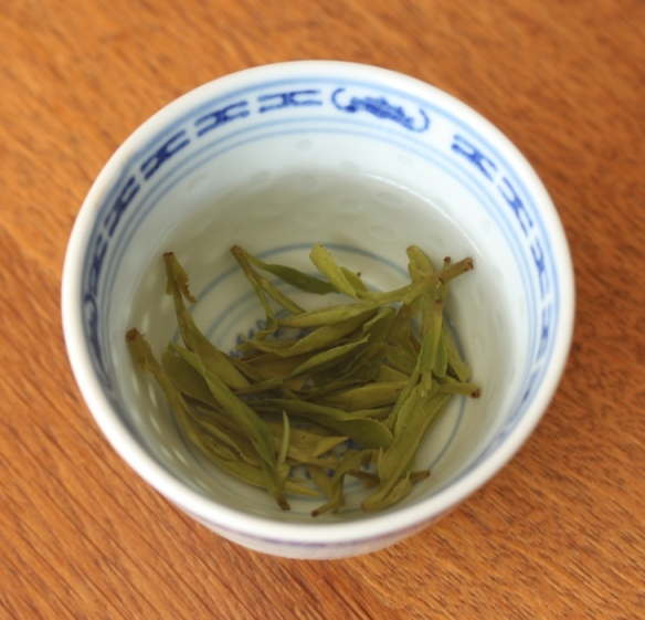 Organic Superfine Dragon Well Long Jing Green Tea 2