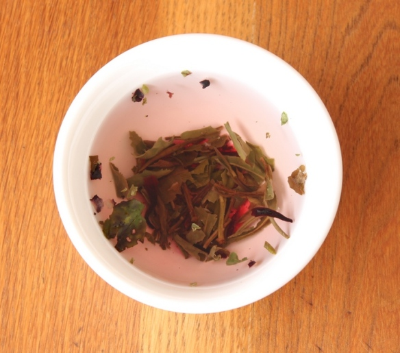 Wild Berry organic white tea 2 a