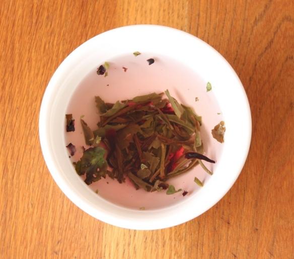 Wild Berry organic white tea 2 a