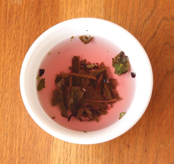 Wild Berry organic white tea 2 b