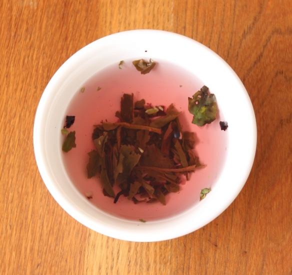 Wild Berry organic white tea 2 b