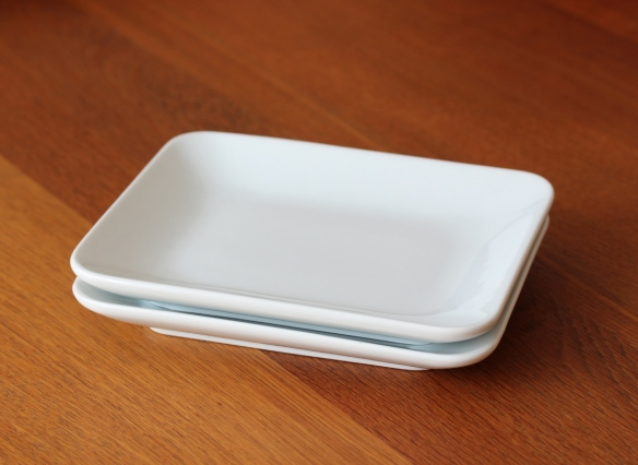 Small serving dishes