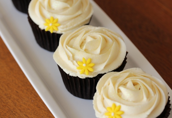 Rose iced cupcakes