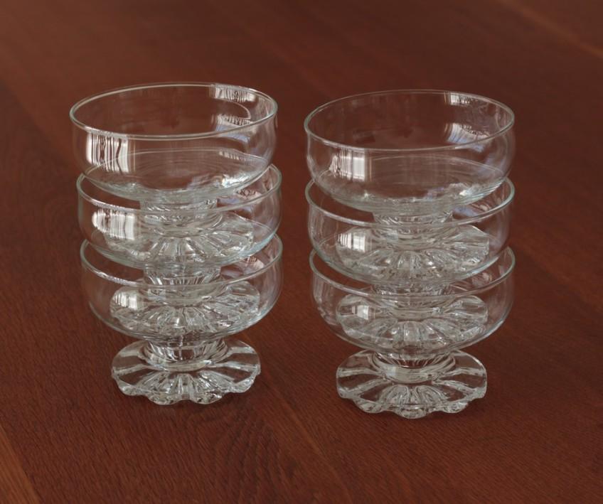 glass serving bowls 2
